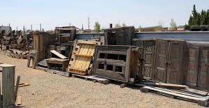 yard---cabinets-n-corbels